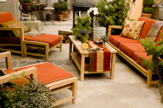 Comfortable Outdoor Area Choosing the Right Patio Furniture