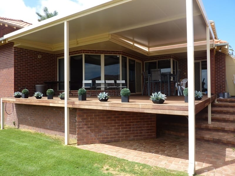 Decking Under Outdoor Patio In Perth